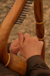 Mont Jaufré Harpe mains